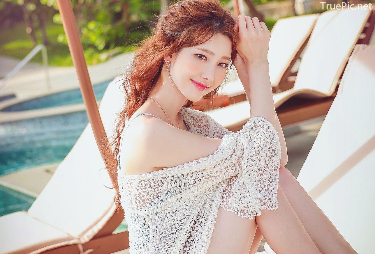 Korean lingerie queen Kim Hee Jeong - Floral Blue Monokini Swimsuit Set - Picture 9