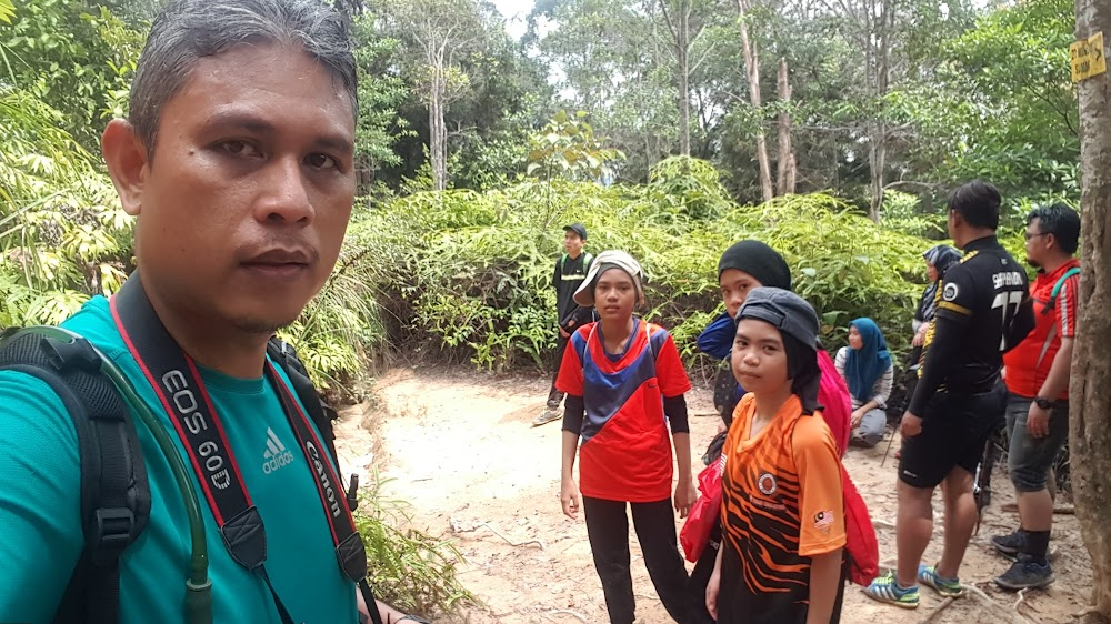 Sampai di Bukit Botak