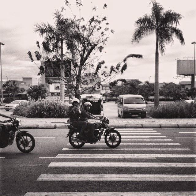 Xem cách mùa mưa ngang qua Đà Nẵng