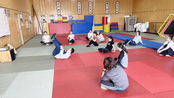 女力崛起提升自我保護能力 彰樂運動俱樂部教防身術
