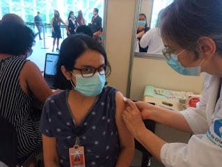 Moradora da Chapada Diamantina é vacinada contra a Covid-19