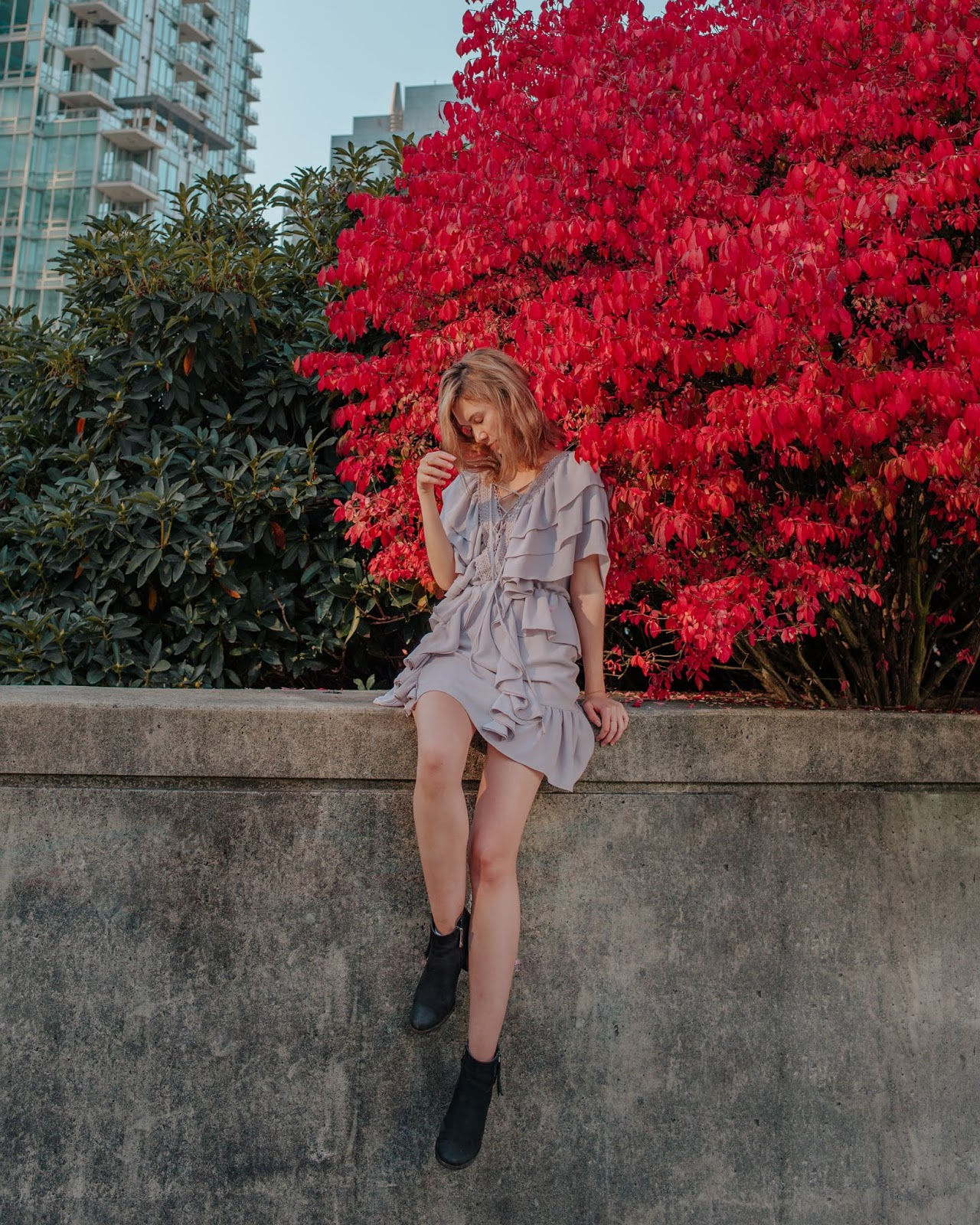 Camel tones, vancouver blogger, fall trends, fall 2018 trends, camel coat, cozy outfit for winter, fall outfit, fall style, canadian style, canadian fashion blogger, fall dresses, ministry of style,