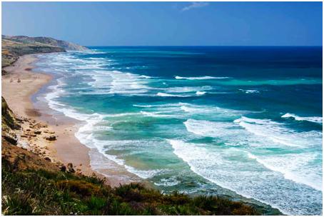 """""""الأرصاد الجوية"""" تحذر مصطافي الشواطئ المغربية"""