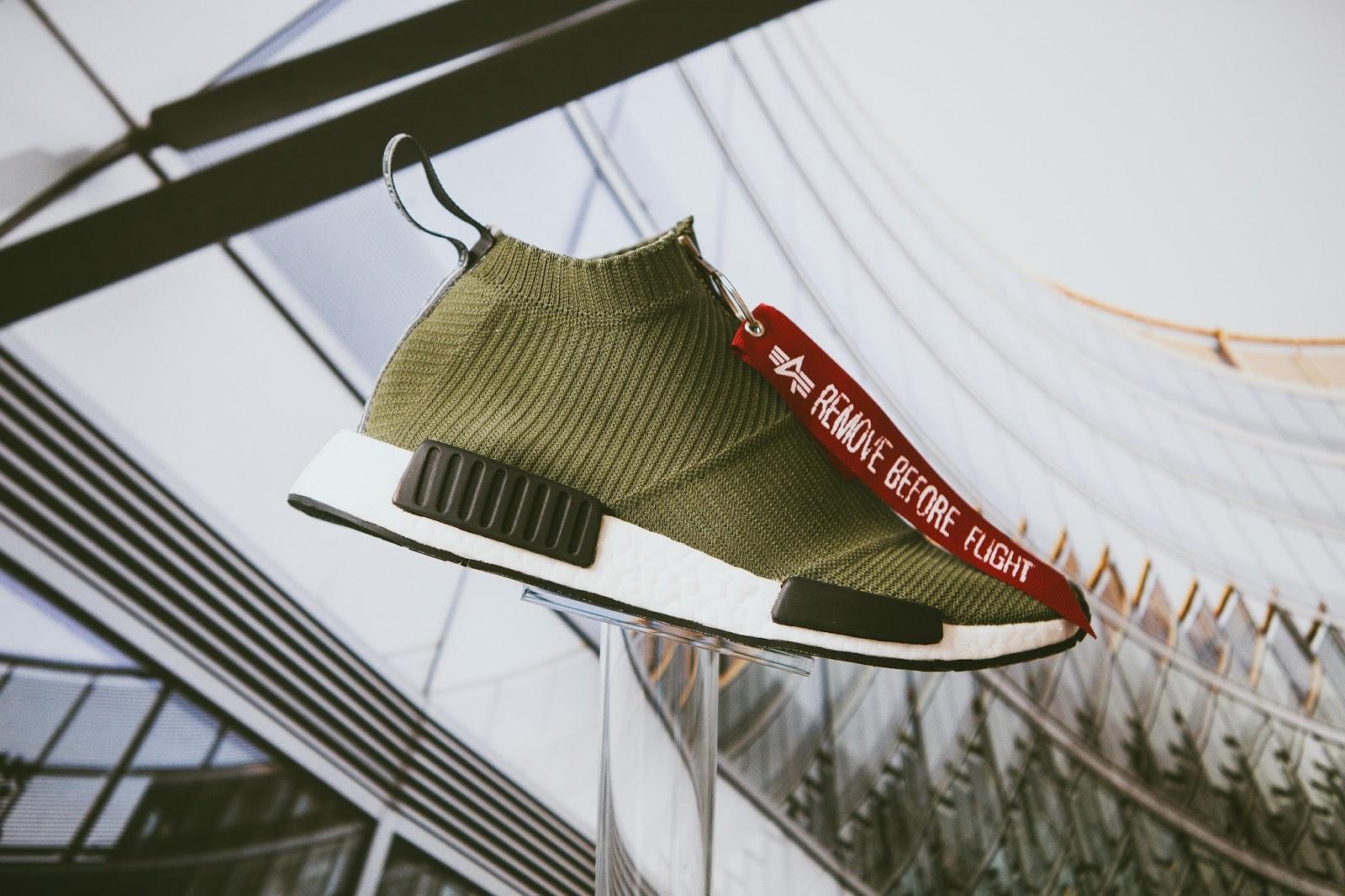 3bfcd1cd8 ... w ramach imprezy adidas Originals x Boiler Room (link). Jako drugi  projekt model NMD inspirowany inspirowany amerykańską marką Alpha  Industires.