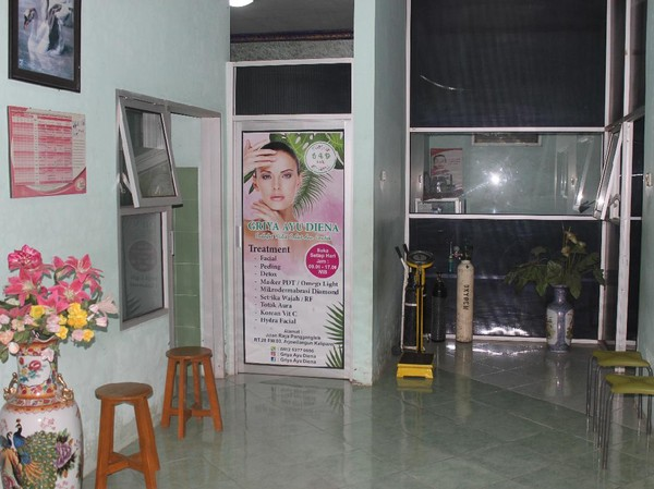 Sebelum Dibakar, Perawat Cantik di Malang Disiram Pertalite