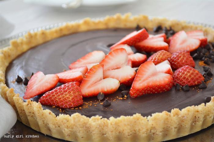 Chocolate Ganache Tart, Chocolate Tart, Ganache Tart, Strawberry Hearts, Valentine's Dessert, Chocolate Pie
