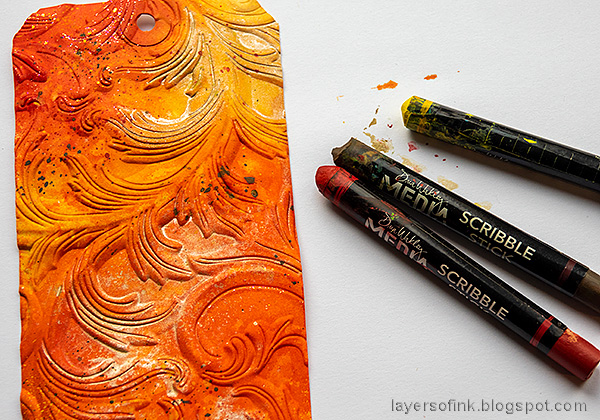Layers of ink - Mushroom Tag Tutorial by Anna-Karin Evaldsson. Add splatters.