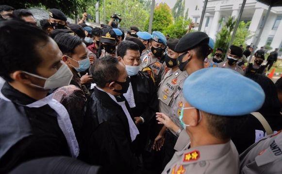 Polri Tanggapi Begini Soal Insiden Polisi Cegat Pengacara Habib Rizieq