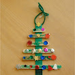 Christmas crafts! Super easy and inexpensive to do !