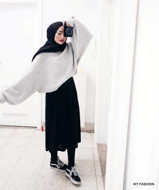 model Gaya Hijabers Casual Sneakers yang sedang trend sekarang