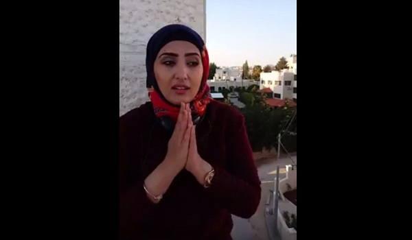 الإعلامية اليمنية الشابة، جيهان العزوة