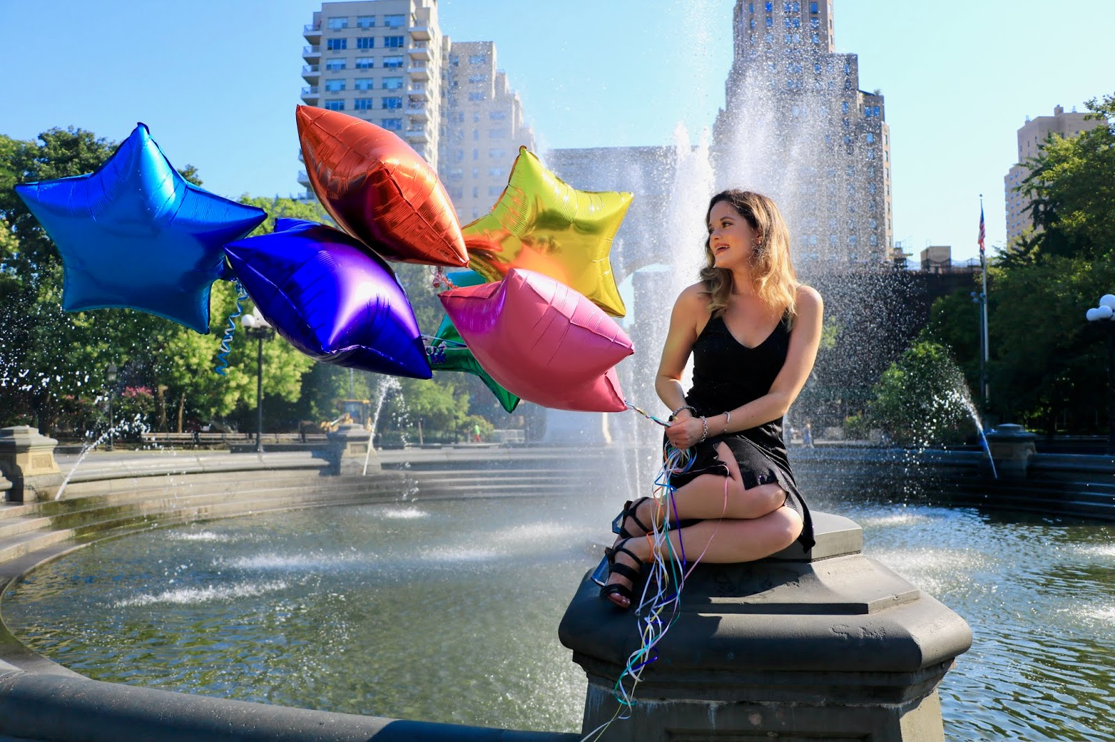 Nyc fashion blogger Kathleen Harper's Washington Square Park photo shoot in the Summer of 2019.