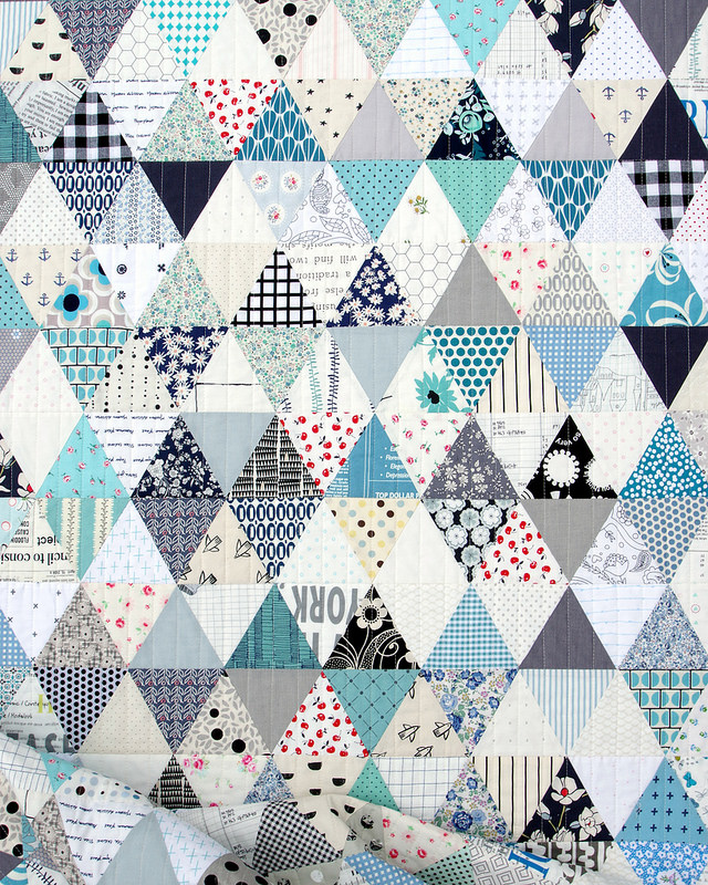Triangles and More Triangles! An Equilateral Triangle Quilt in Blue and White | © Red Pepper Quilts 2017