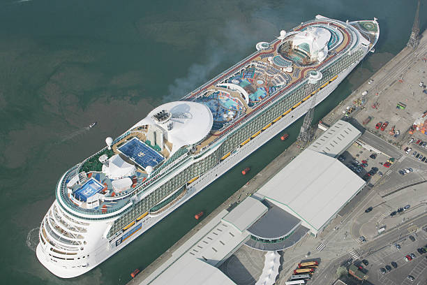 UK cruise ships scrapped in India