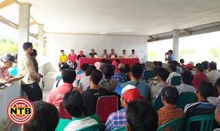 Sosialisasi Bupati KSB Dihujani Penolakan Masyarakat Desa Kertasari