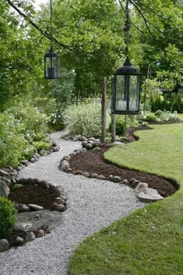 Garden Edging Stone to Beautify Your Garden