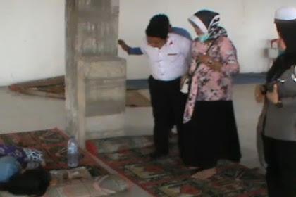 H4m1l. di Luar Nikah, Gadis Ini 6u9urkan K4ndungan dan Kubur J4.n1n di Toilet Masjid