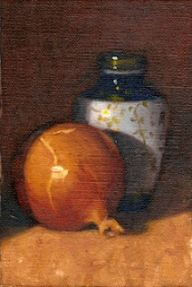 Oil painting of a brown onion beside a small blue and white porcelain Chinese-style vase.