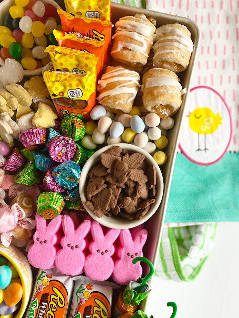 How to Create an Easter Candy Board from Hy-Vee