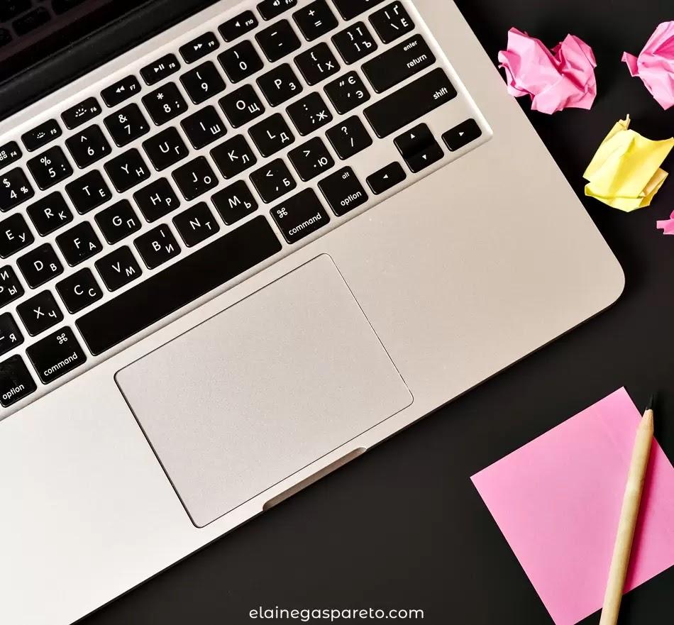 Biblioteca de recursos para blogueiros- imagens, fontes, paletas, ícones e muito mais!