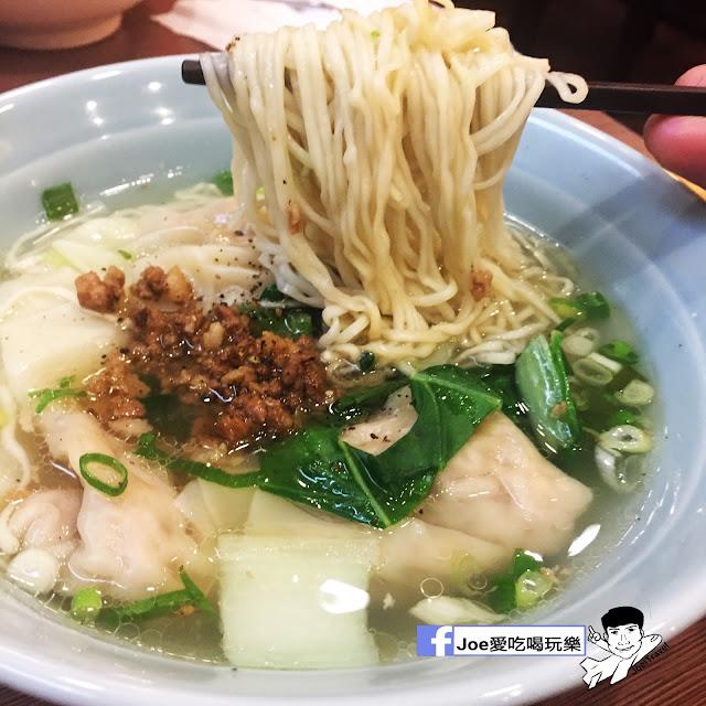 IMG 0372 - 富子江家餛飩,超級大尺寸的餛飩麵,超級嗆辣的麻辣烏龍豆干必吃啊~
