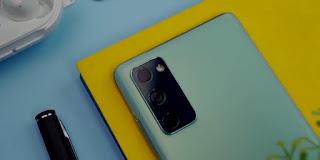 Samsung Galaxy S20 FE Belakang