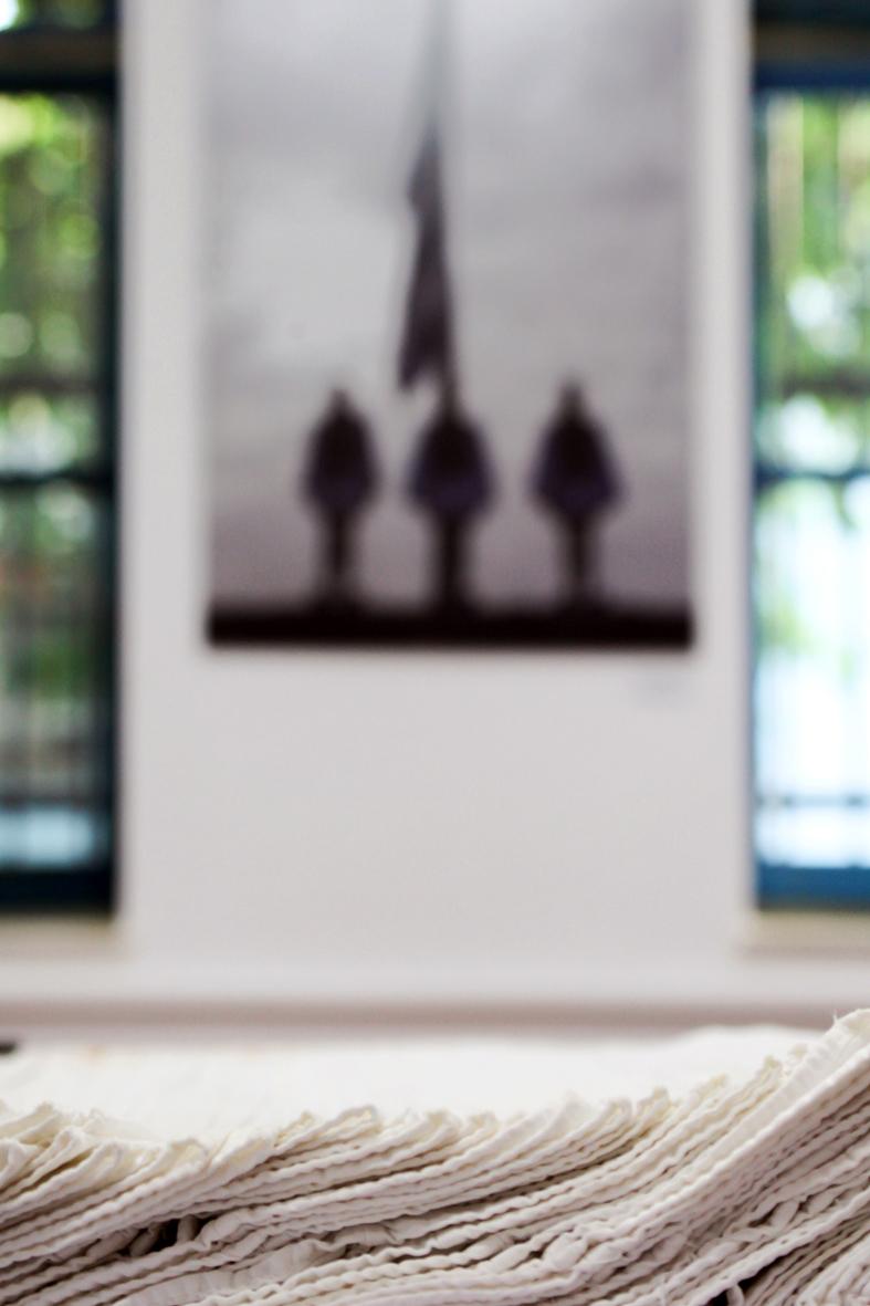 Εντυπωσιάζει η έκθεση για τους Εύζωνες της Δήμητρας Χατζηαδάμ