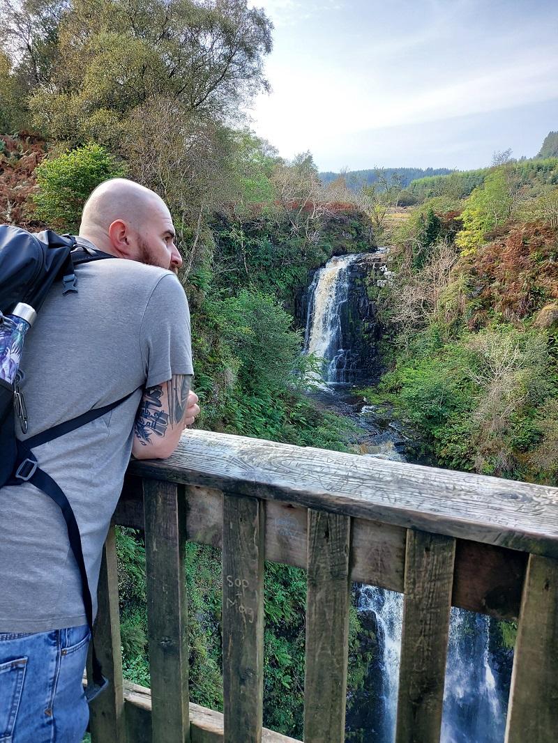 Gordon on the viewpoint overlooking Glenashdale falls