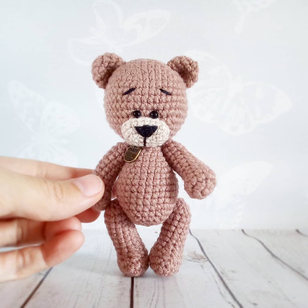 Amigurumi mini bear