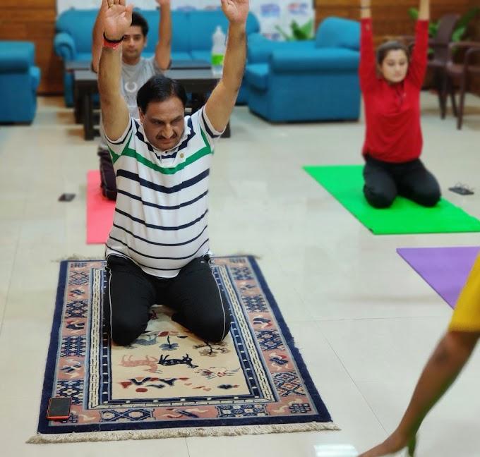 योग करें, घर पर रहें - रमेश पोखरियाल 'निशंक'