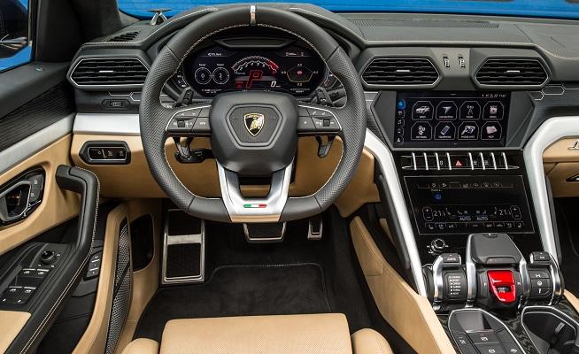 Lamborghini Urus 2020 Interior Seperti Karya Seni yang Tertata