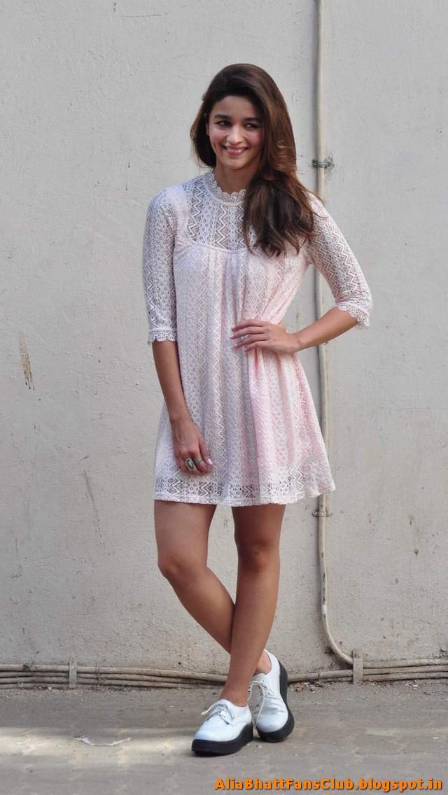 Alia Bhatt Latest Sexy Image Gallery