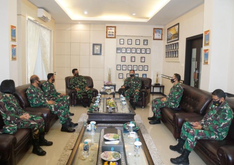 Danlantamal IV Terima Kunjungan Kerja Kadiskesal