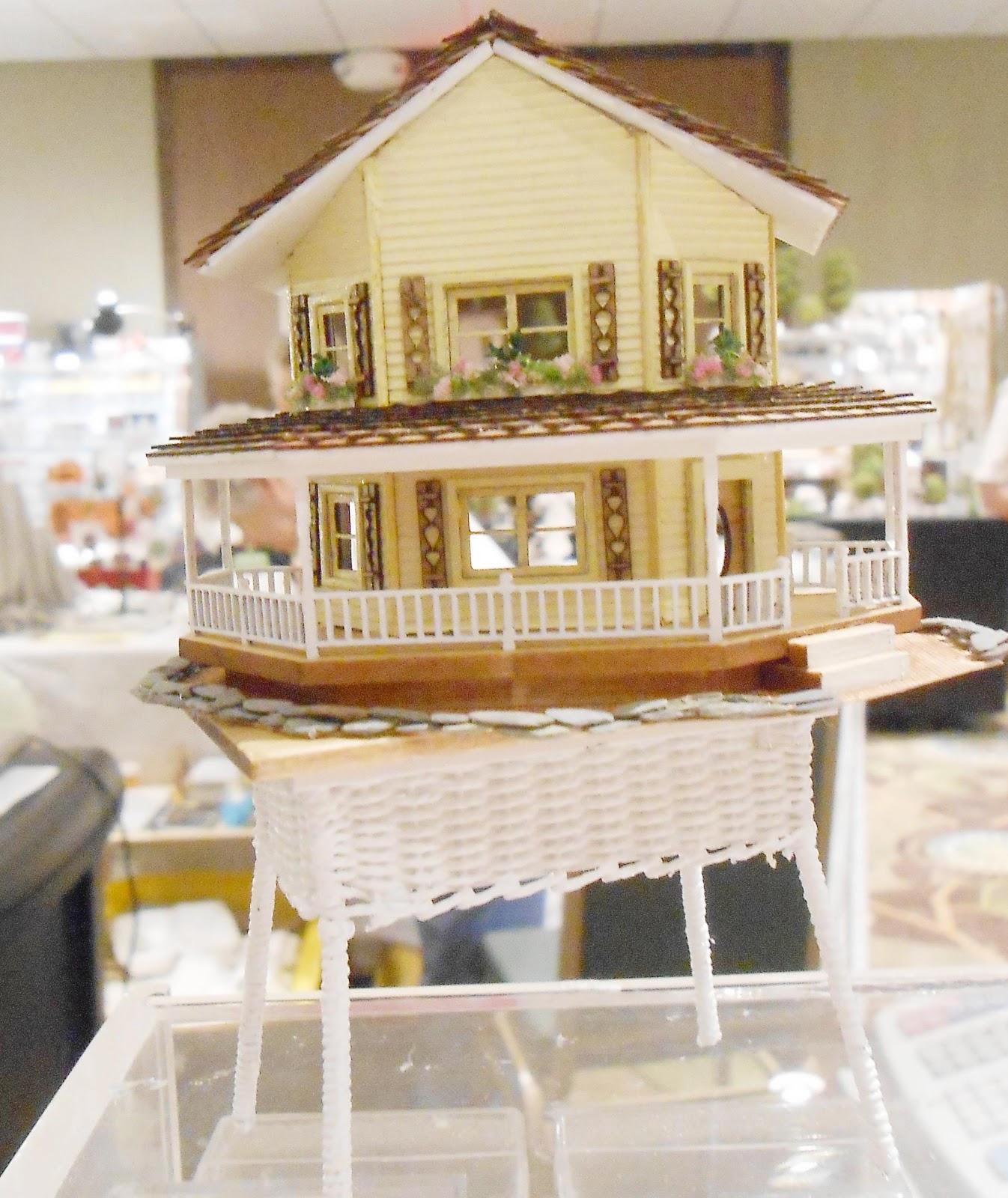Honey, I Shrunk The House!: Mini Show Finds / Visit With Keli