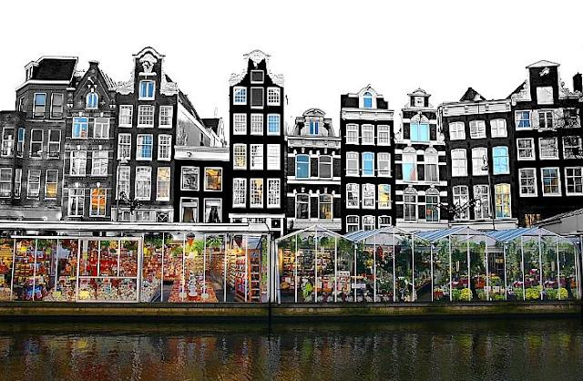 Mercado das Flores Flutuantes em Amsterdã