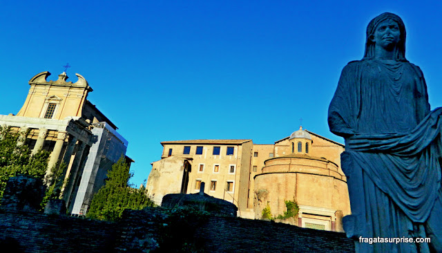 Casa das Vestais, Fórum Romano