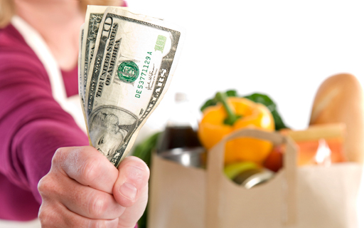 money saving nutrition tips food budget grocery shopping sales save tips affordable healthy meals
