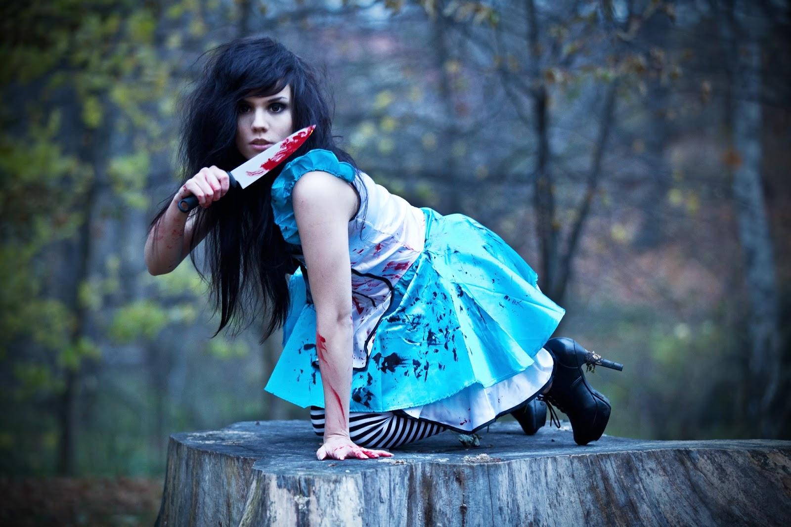 Alice and wonderland cosplay