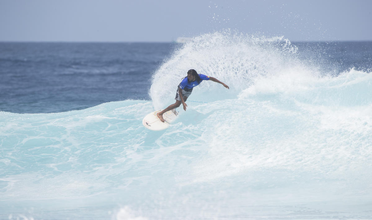 Four Seasons Maldives Surfing Champions Trophy 06