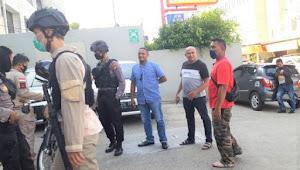 Polisi Gagalkan penarikan paksa kendaraan roda empat oleh Debt Collector