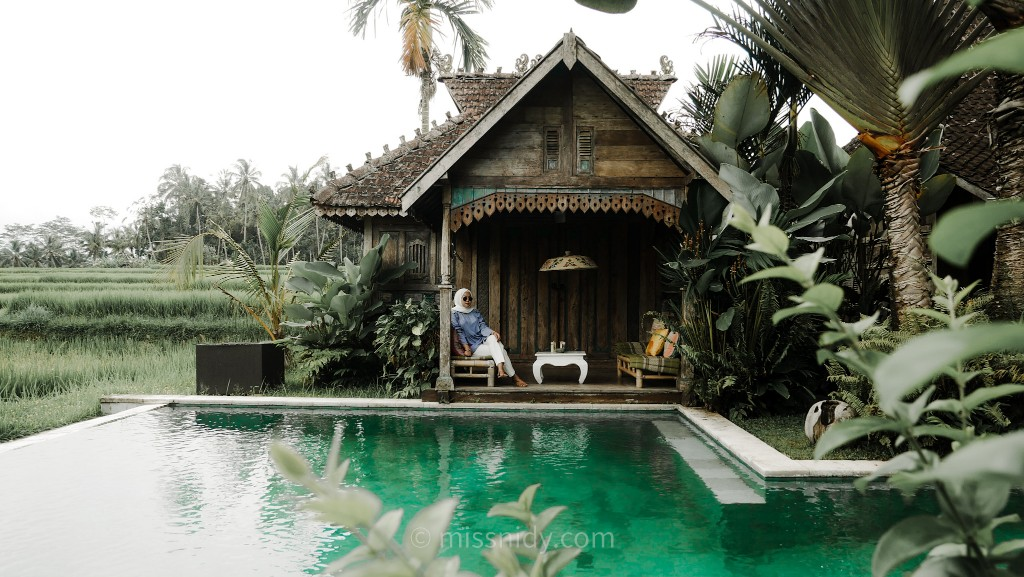 affordable villa with stunning view in bali
