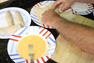 Preparación de flamenquín cordobés
