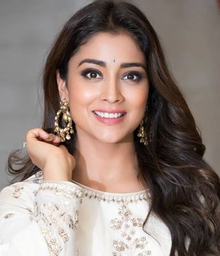 Shriya Saran Filmography Hits or Flops, Shriya Saran Super-Hit, Blockbuster Movies List - here check the Shriya Saran Box Office Collection Records and Analysis at MTWiki Blog. latest update on Top 10 Highest Grossing Films, lifetime Collection, Filmography Verdict, Release Date, wikipedia.