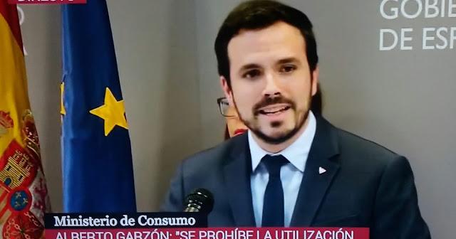 Críticas a Alberto Garzón por dejarse ganar la partida por el lobby del juego y el fútbol