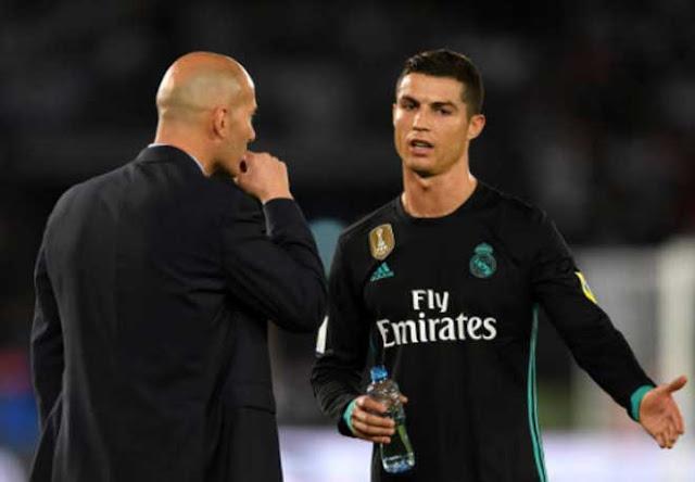 Real Madrid lo không dự nổi Cúp C1: Zidane quá khổ vì Ronaldo 3