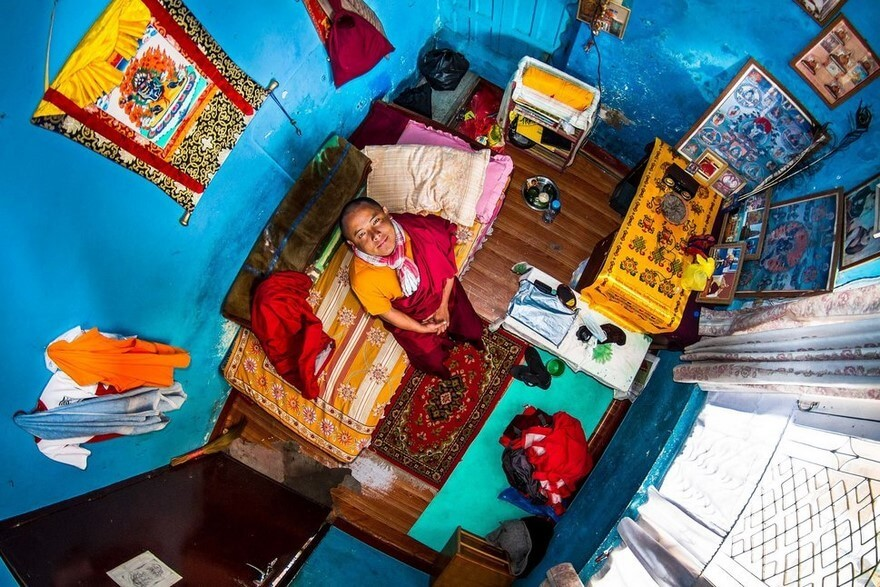 30 Mind-Blowing Photos Of Bedrooms Around The World