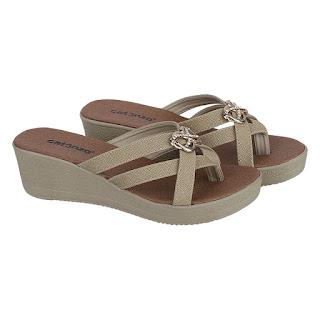 Sandal Wedges Wanita Catenzo SM 200