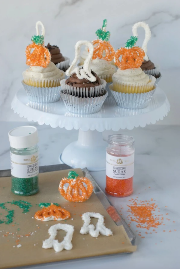 DIY edible halloween cupcake toppers