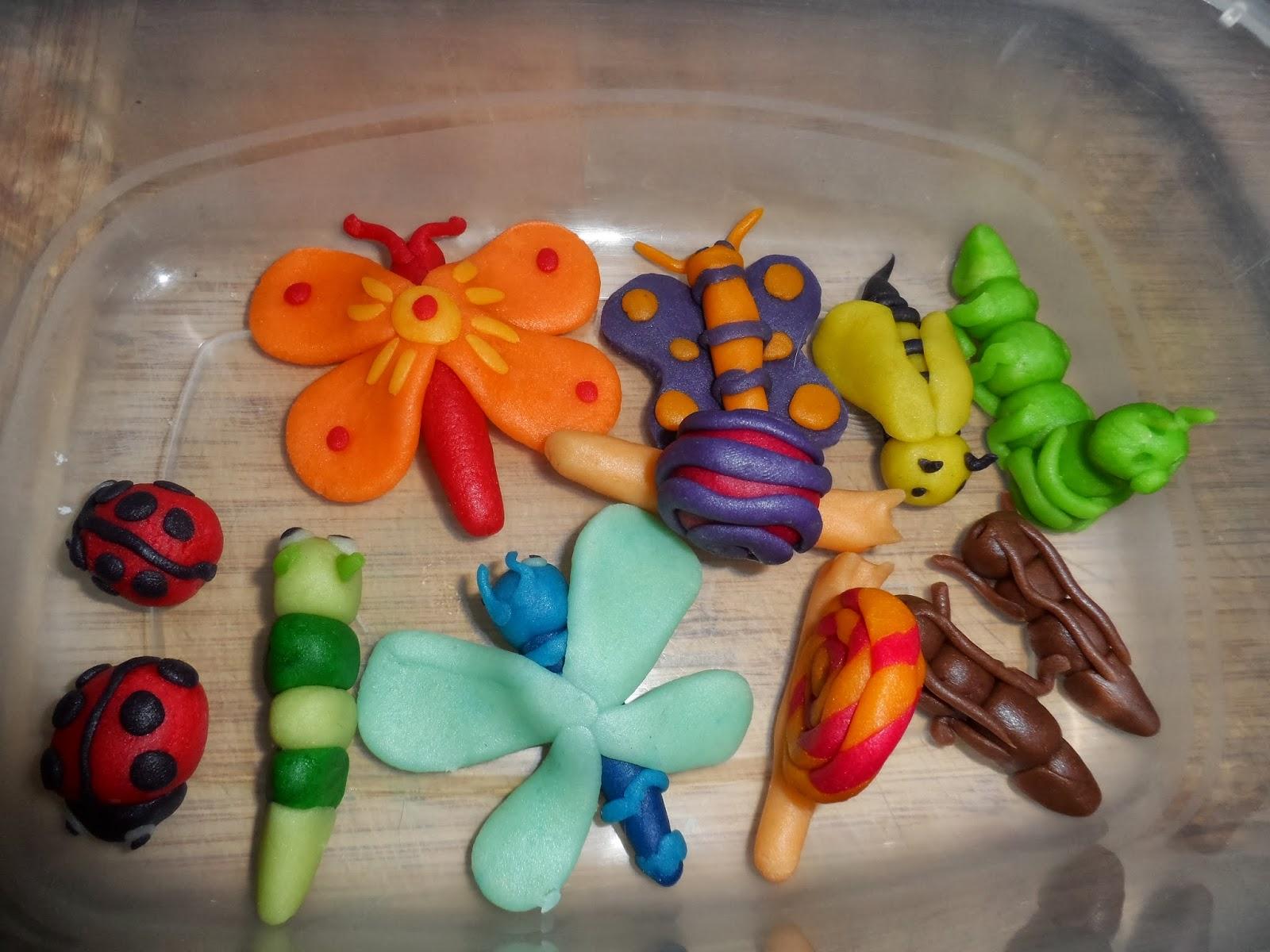 Harley St Jerome >> Gateau papillon pate d'amande – Arts culinaires magiques