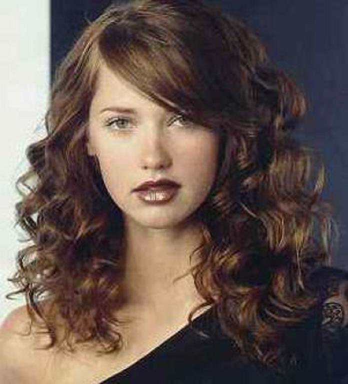 el mejor factor para el del cabello ondulado es que bsicamente se puede limpiar y secar al aire para una mejor apariencia suero